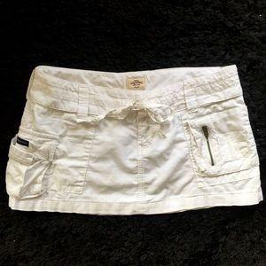A&F Abercrombie white mini short skirt Size 4 🌟